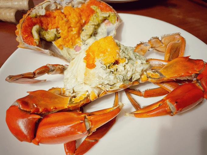 清蒸一級紅蟳有滿滿的蟹黃